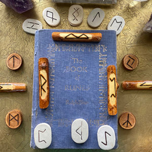 VIking Rune Reading