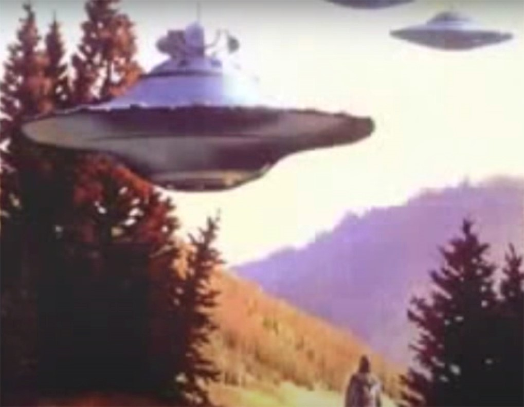 Billy Meier took amazing UFO pictures in Switzerland.  In 2017, former top investigator-supervisor for the USAF Office of Special Investigations (OSI), Joe Tysk, analyzed Meier's UFO evidence from 1964 onward and concluded that it was indisputably authentic.